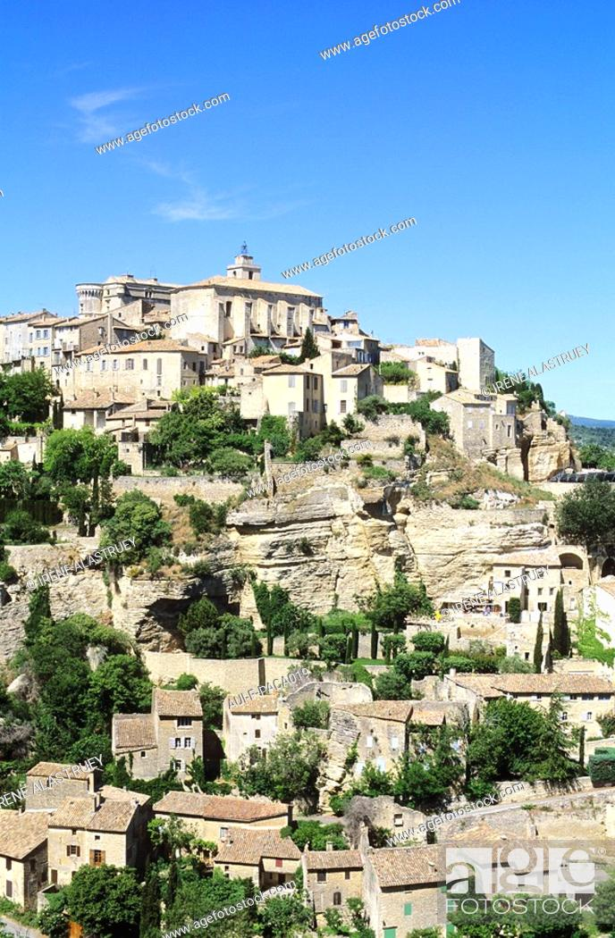 Stock Photo: Vaucluse - Haute-Provence - Luberon - Gordes.