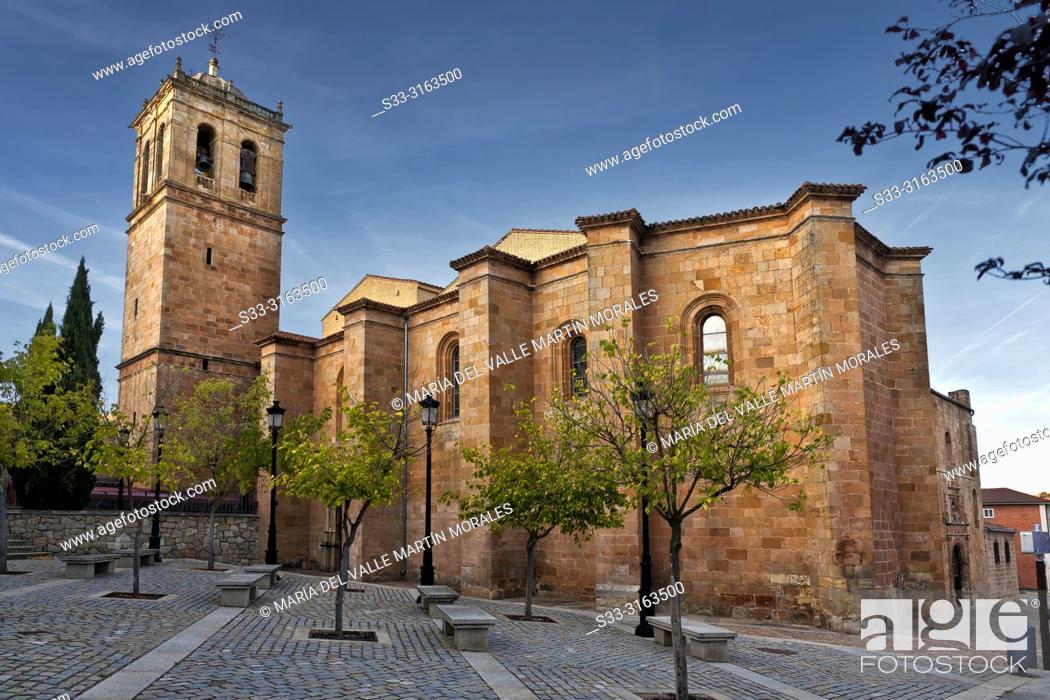 Stock Photo: St. Peter procathedral in Soria. Avila. Spain.