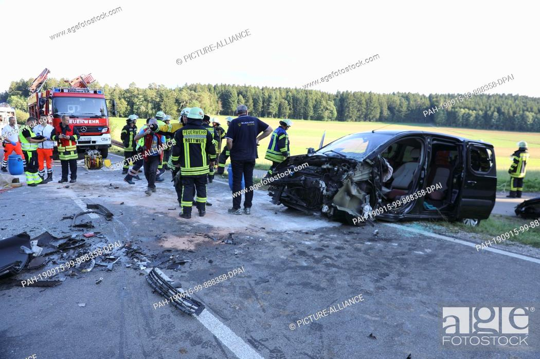 Stock Photo: 15 September 2019, Baden-Wuerttemberg, Rottweil: Firefighters are standing at the scene of an accident on the federal highway 462.