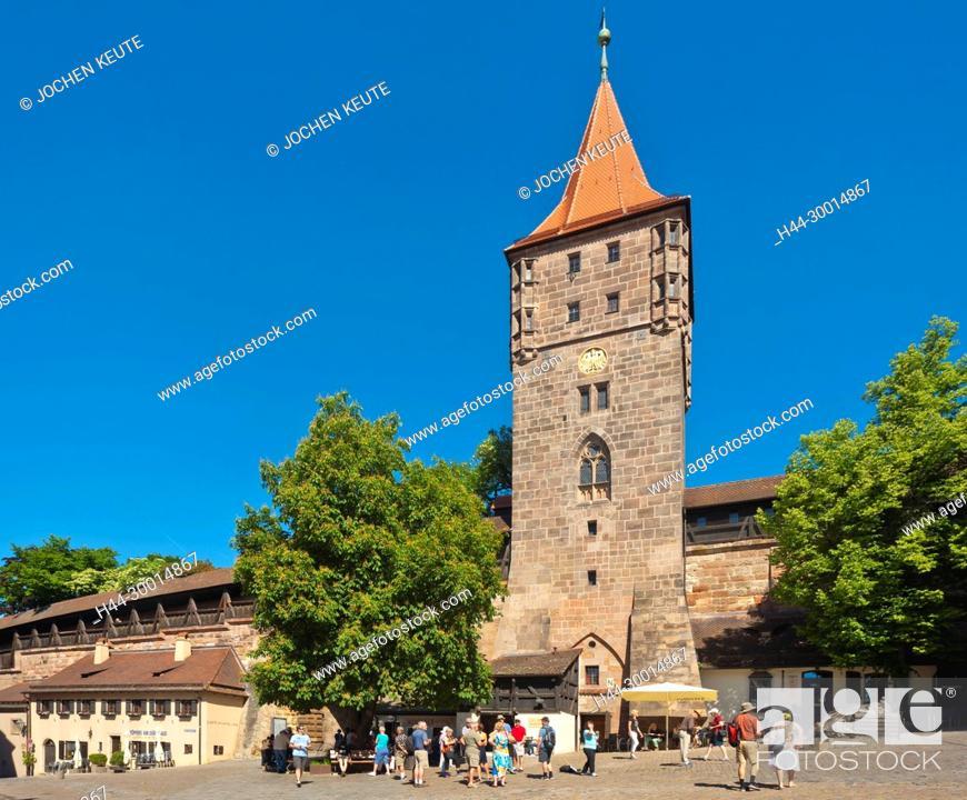 Imagen: Nürnberg, Bayern, Germany, Tiergärtnertorplatz.