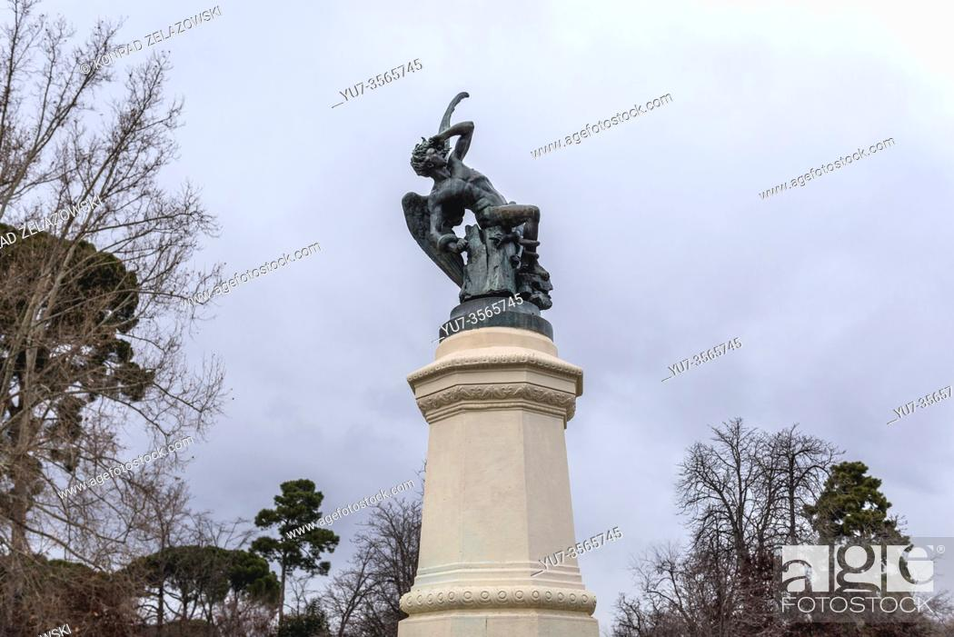 Stock Photo: Fountain of the Fallen Angel in Parque del Buen Retiro - Retiro Park in Madrid, Spain.