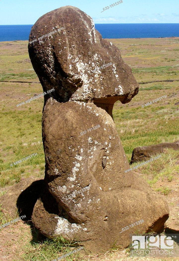 Stock Photo: Tukuturi or Tuturi, kneeling moai in Tahitian style, Rapa Nui Easter Island, Chile.