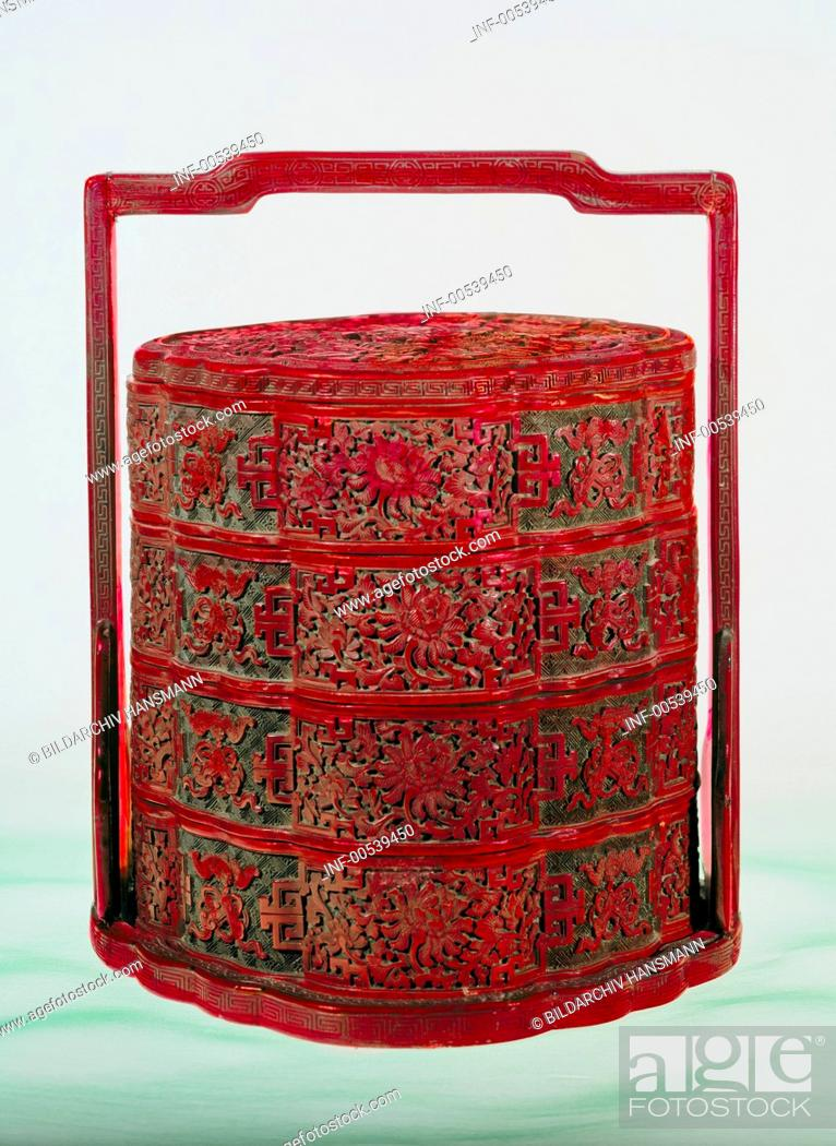 Stock Photo: fine arts, Japan, lacquer work, picnic basket, wood with red lacquer, 18th / 19th century, private collection,.