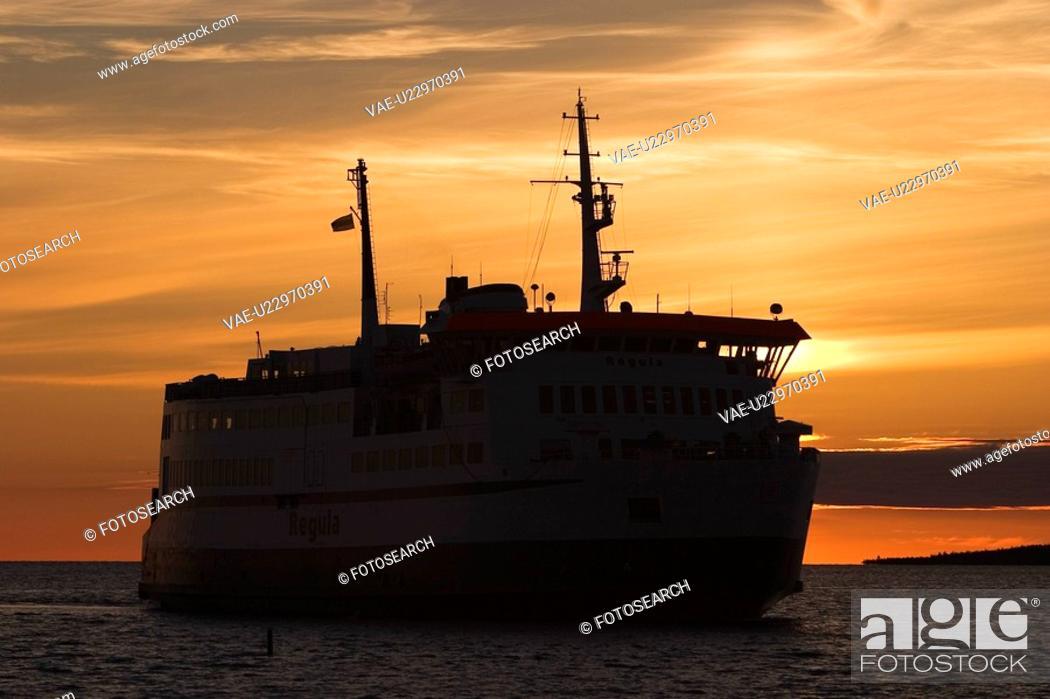 Stock Photo: Cargo, Dawn, Dusk, Industrial.