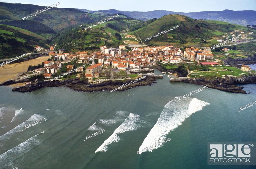 Stock Photo: Mundaka and Urdaibai Estuary. Urdaibai biosphere Reserve. Urdaibai. Region. Bizkaia. Basque Country. Spain.