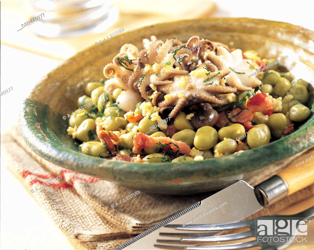 Stock Photo: Little octopus with broad beans and bacon.