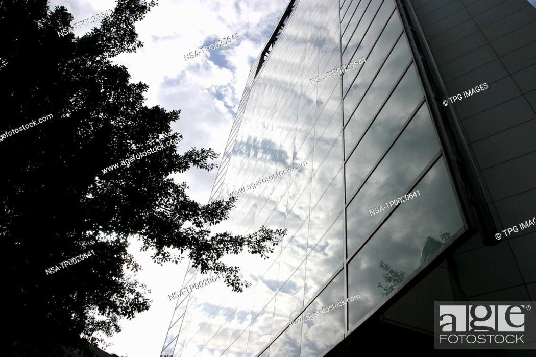 Stock Photo: City scene.