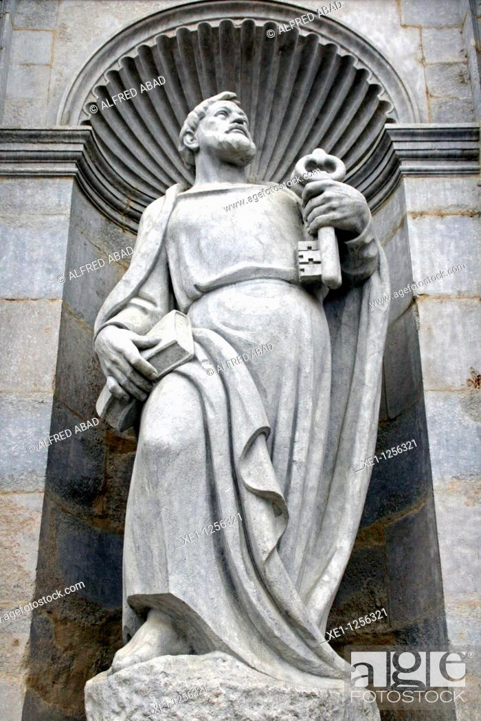 Stock Photo: St Pedro sculpture from the neoclassical facade of St Maria Cathedral, Girona, Catalonia, Spain.