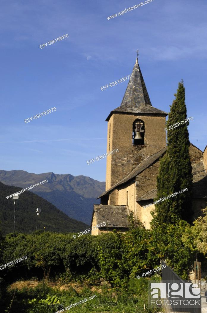 Photo de stock: Sant Peir church of Betlan village, Aran Valley, pirenees, Lleida province, Spain.