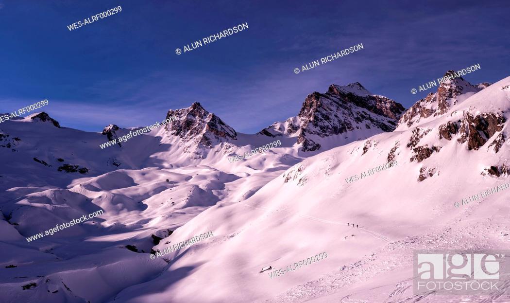 Stock Photo: Italy, Rhemes-Notre-Dame, Benevolo, ski mountaineering.