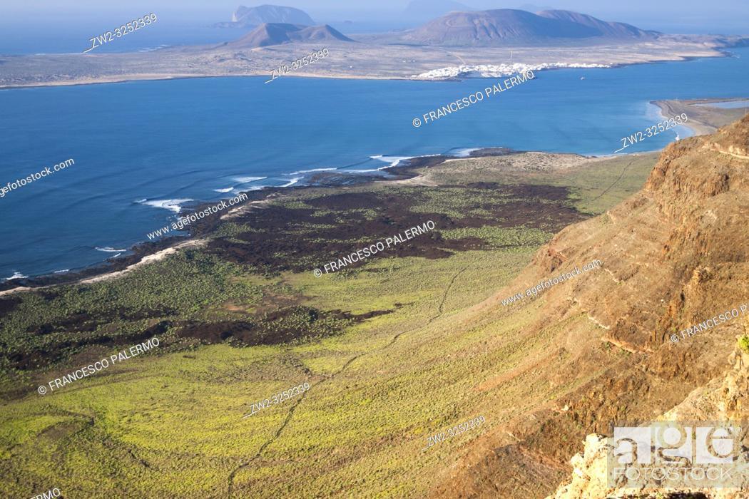 Stock Photo: La Graciosa Island panorama. Mirador del Rio, Lanzarote. Spain.