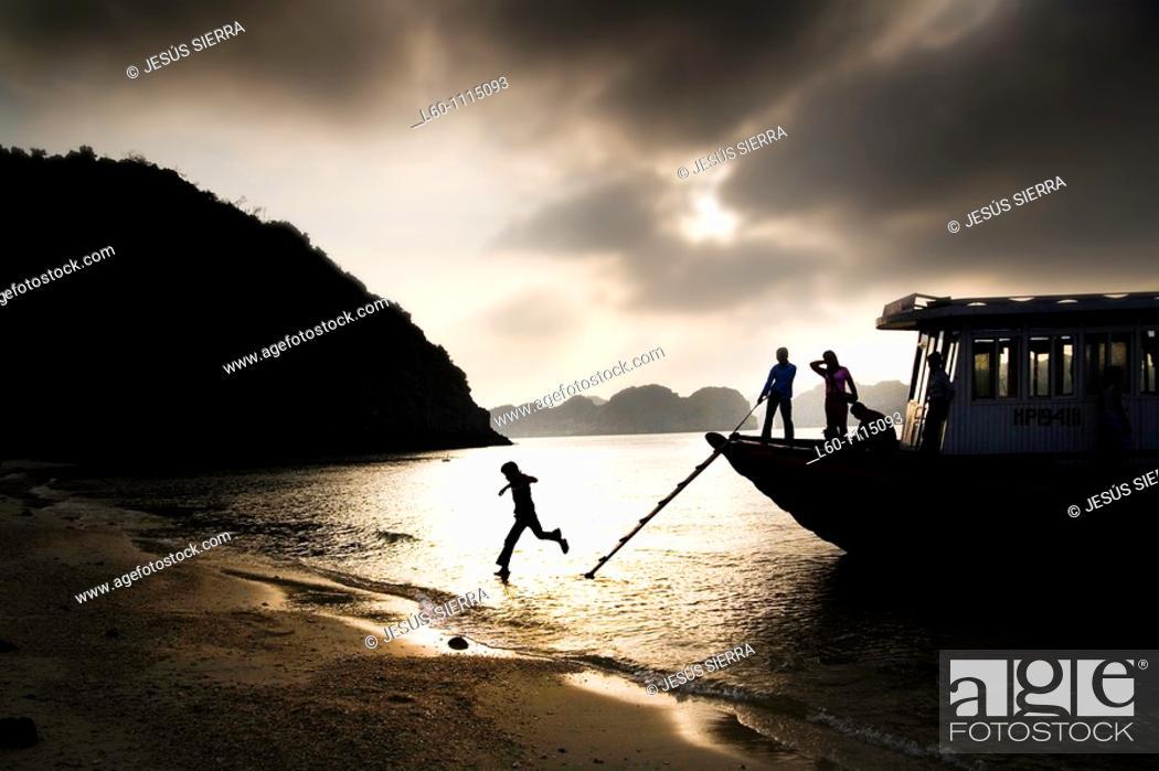 Stock Photo: Cat Ba Island, Vietnam.