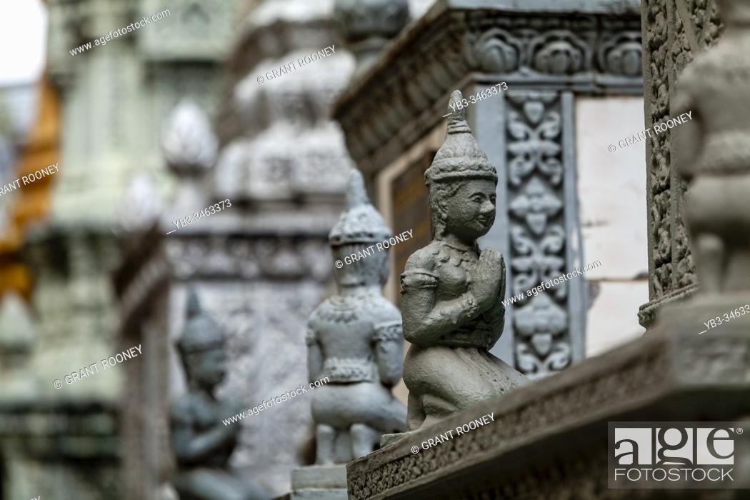 Stock Photo: Buddhist Statues, Wat Langka, Phnom Penh, Cambodia.
