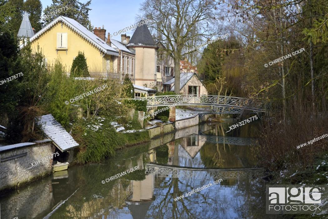 Imagen: bords de la riviere Eure, Chartres, departement d'Eure-et-Loir, region Centre-Val de Loire, France, Europe/Eure River banks, Eure-et-Loir department.