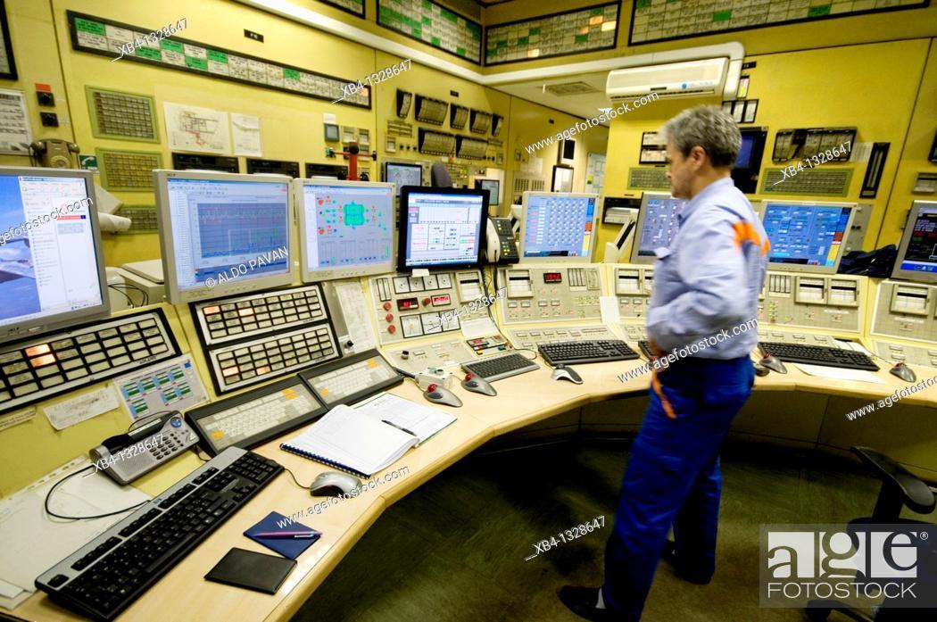 Stock Photo: Italy, Veneto, Porto Marghera industrial area, Enel electric plant.