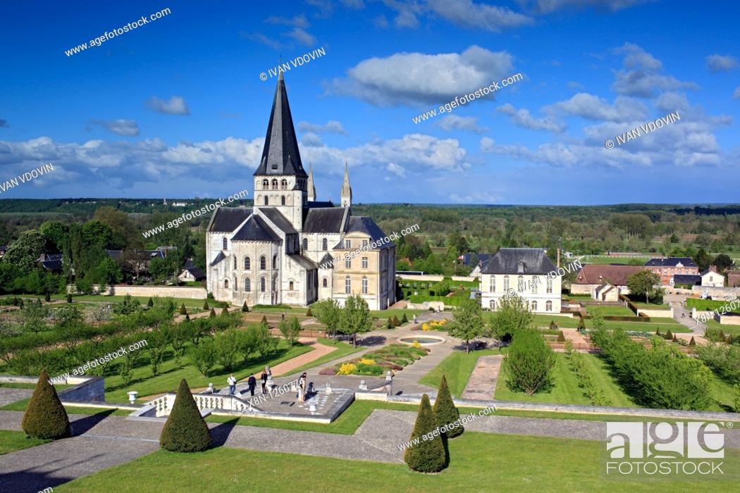 Stock Photo: Abbey church of St  Georges, Saint-Martin-de-Boscherville, Seine-Maritime department, Upper Normandy, France.