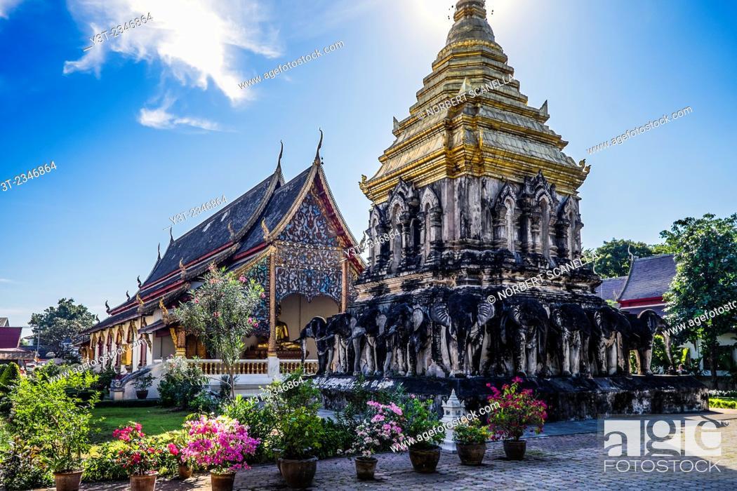 Stock Photo: Asia. Thailand, Chiang Mai. Wat Chiang Mun temple.