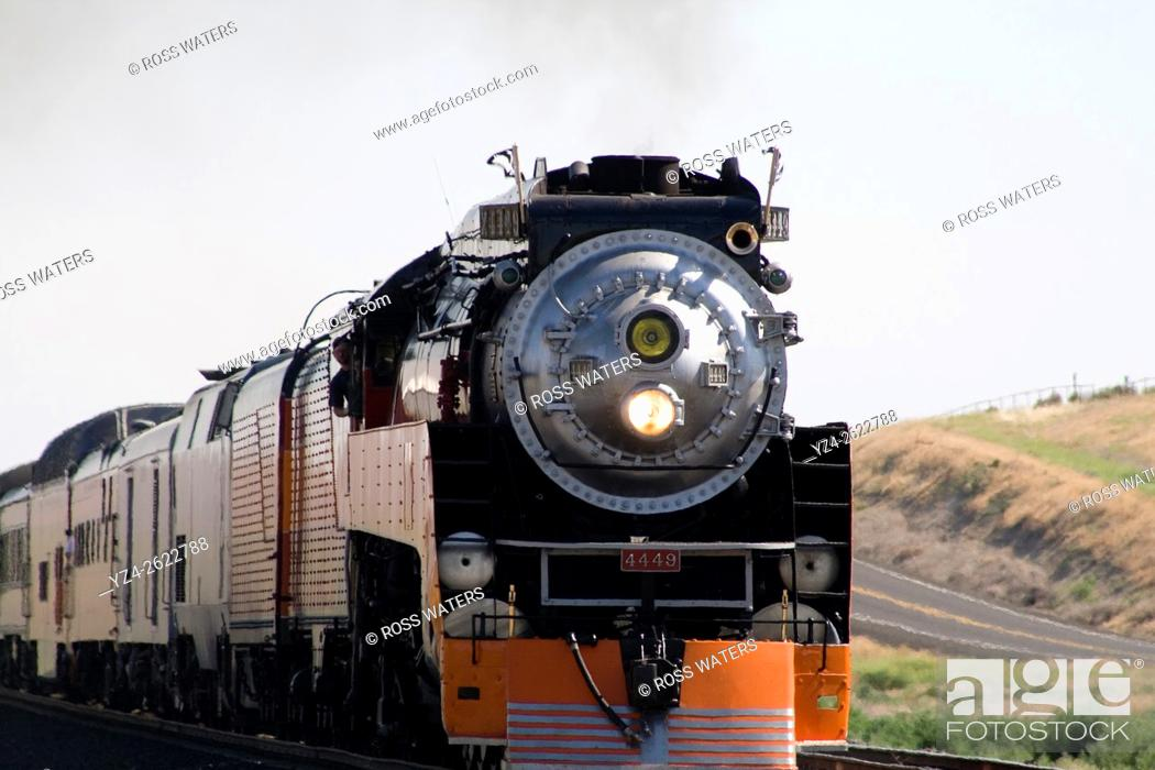 Stock Photo: The Southern Pacific Daylight Express heritage run.