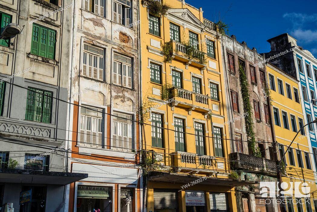Photo de stock: Sunlit facades of the lower city, Salvador, Bahia, Brazil.