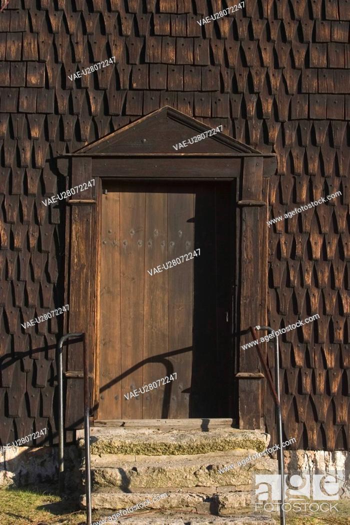 Stock Photo: close-up, door, doorway, entrance, house, lock.