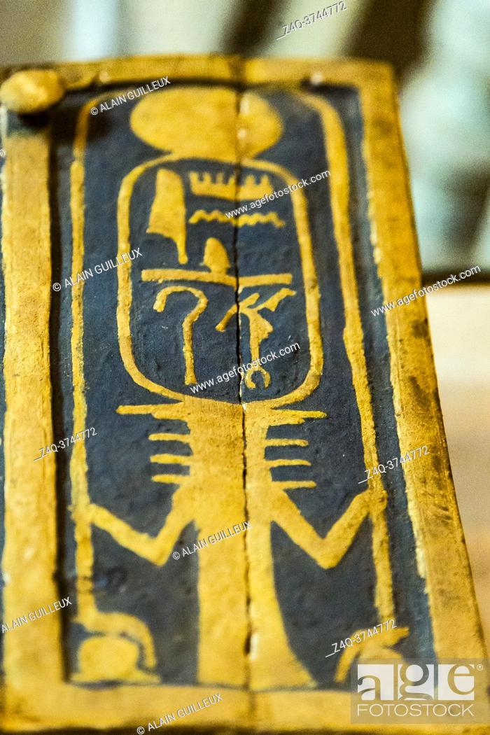 Stock Photo: Egypt, Cairo, Egyptian Museum, from the tomb of Yuya and Thuya in Luxor : Wooden and gilded jewel box, showing a Djed pillar holding the cartouche of Amenhotep.