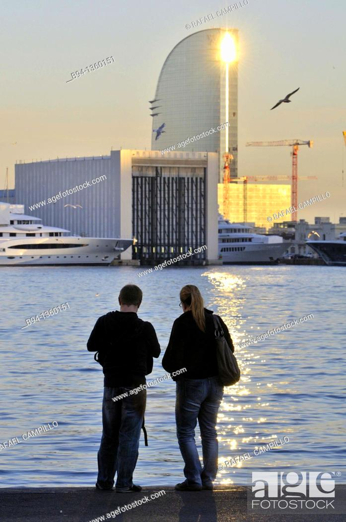 Stock Photo: Couple. Barcelona port. Catalonia. Spain.