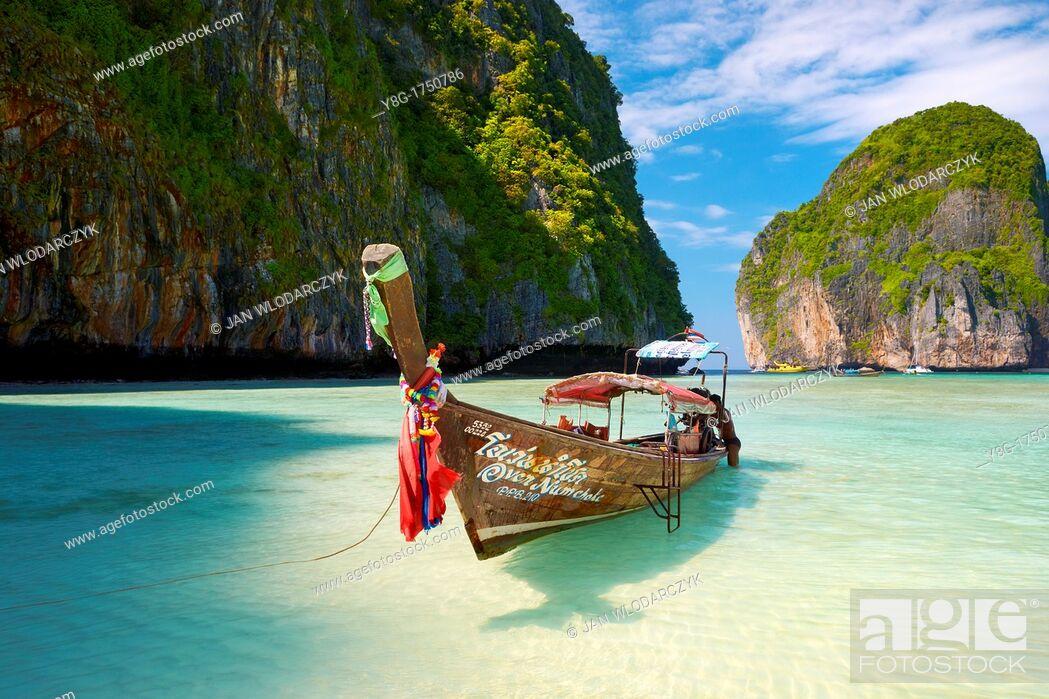 Stock Photo: Thailand - Phang Nga, Maya Bay on Phi Phi Leh Island, Andaman Sea.