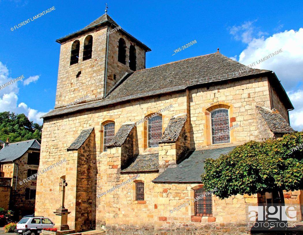 Stock Photo: Aveyron, Midi-Pyrénées, church of Muret le Chateau.