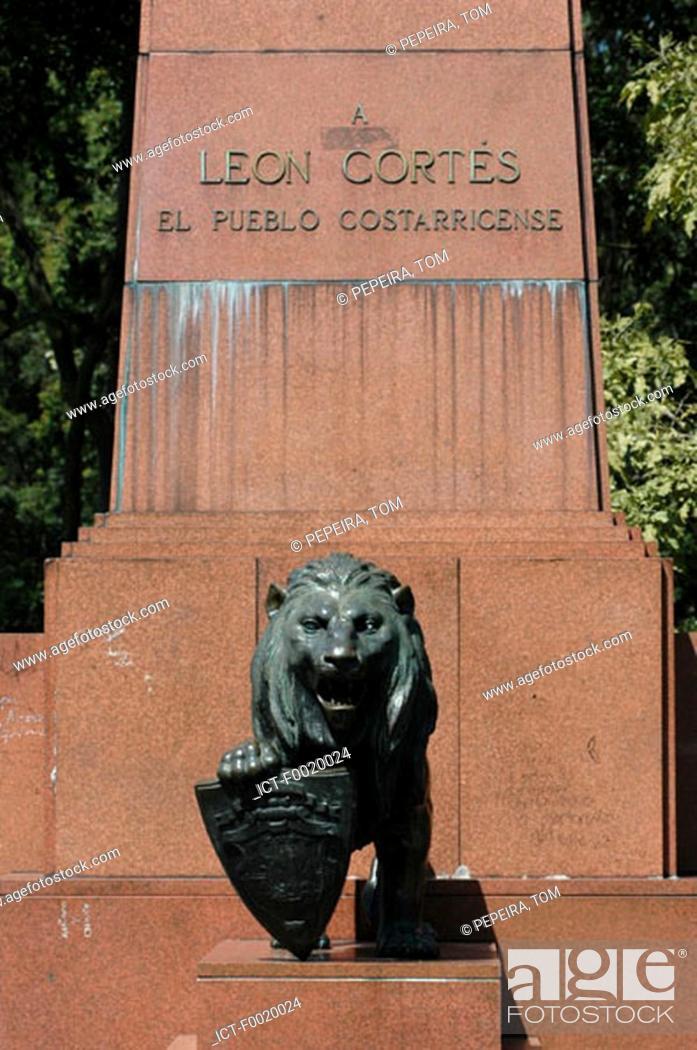 Stock Photo: Costa Rica, San JosÚ, LÚon Cortes Memorial.