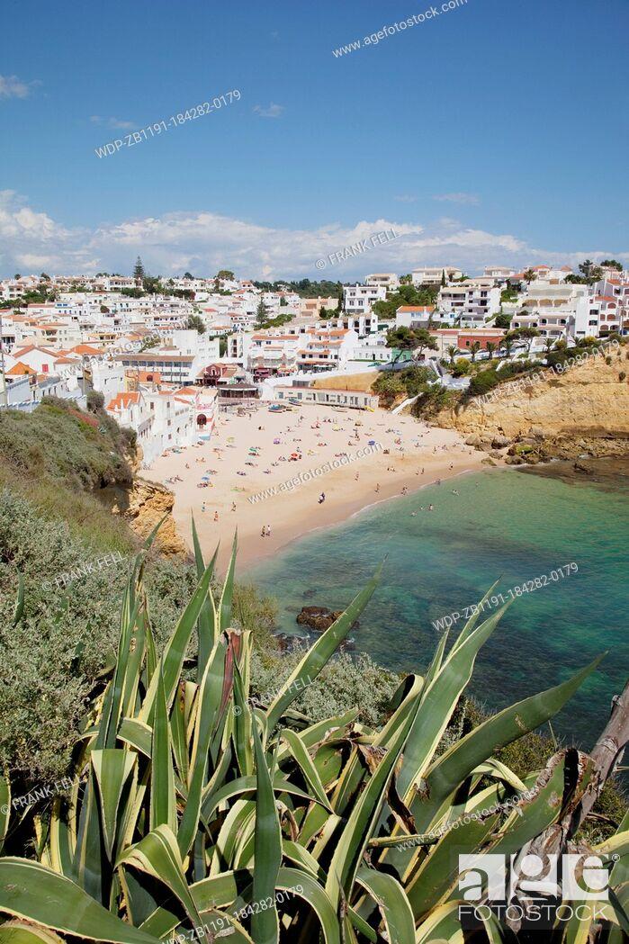 Imagen: Portugal, Algarve, Carvoeiro, View of Town & Beach.