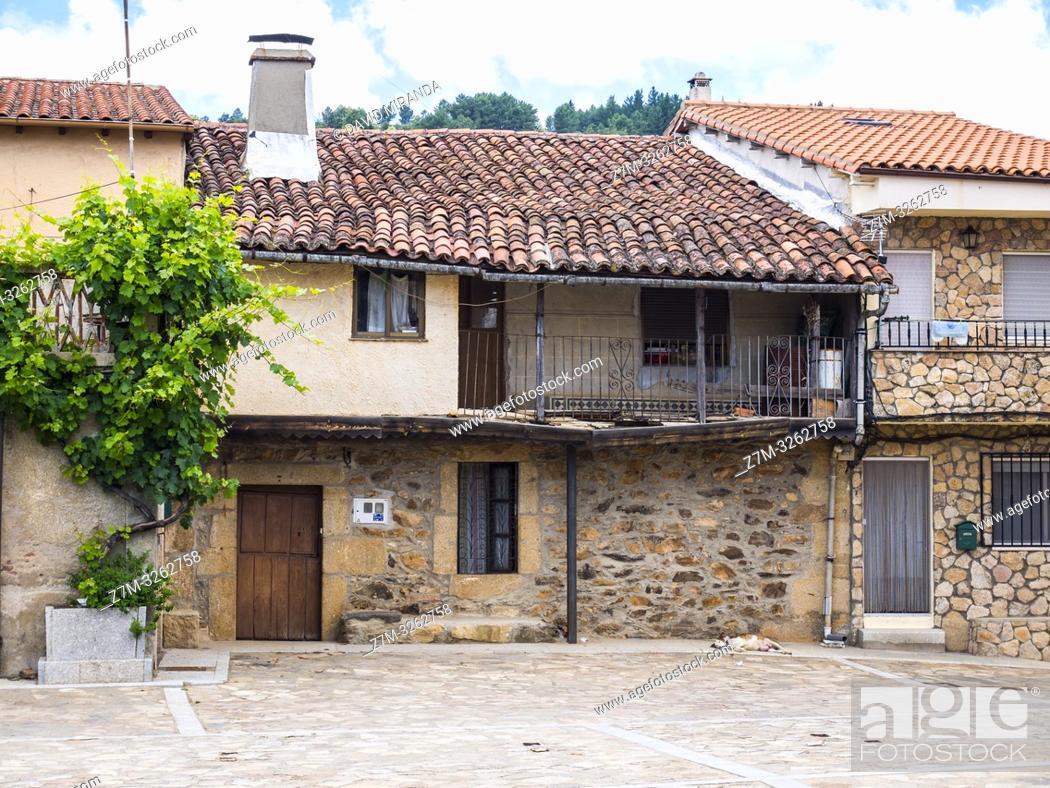 Stock Photo: Arquitectura tradicional. Villanueva del Conde. Sierra de Francia. Salamanca. Castilla León. España.