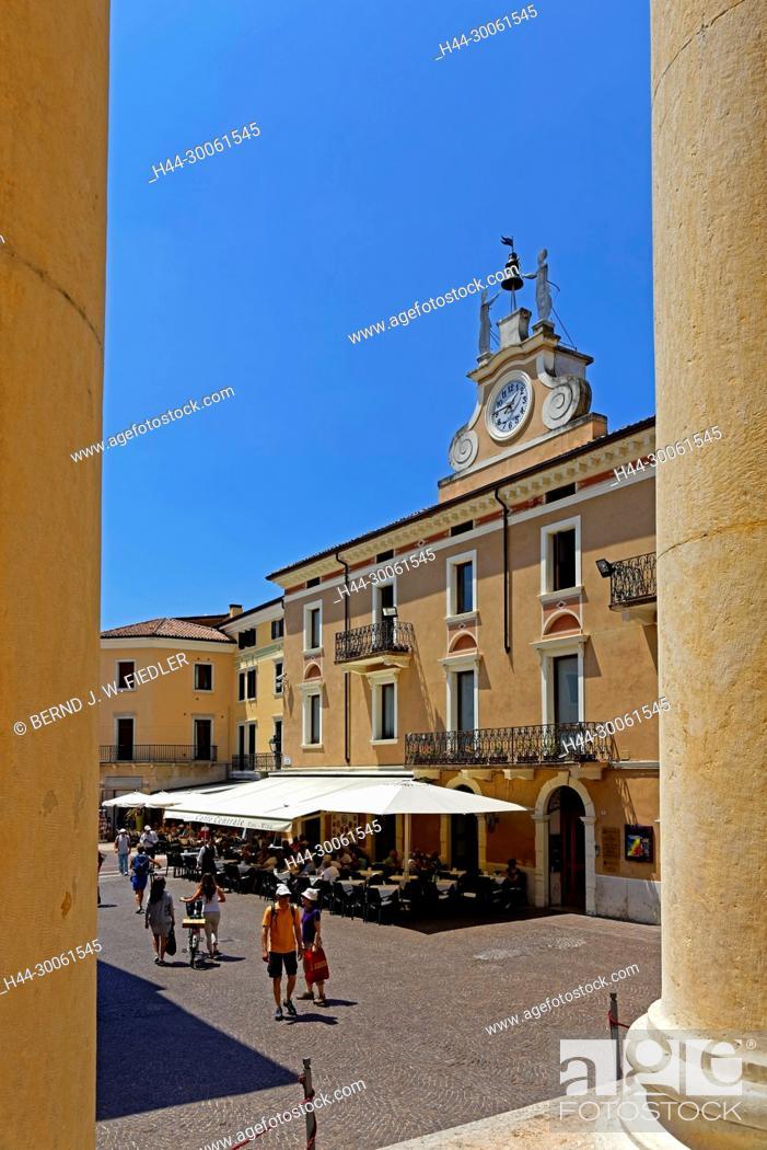 Stock Photo: Europe, Italy, Veneto Veneto, Bardolino, Piazza Giacomo Matteotti, street view, Parrocchia S.S. Nicolò E Severo, place of interest, tourism, street.