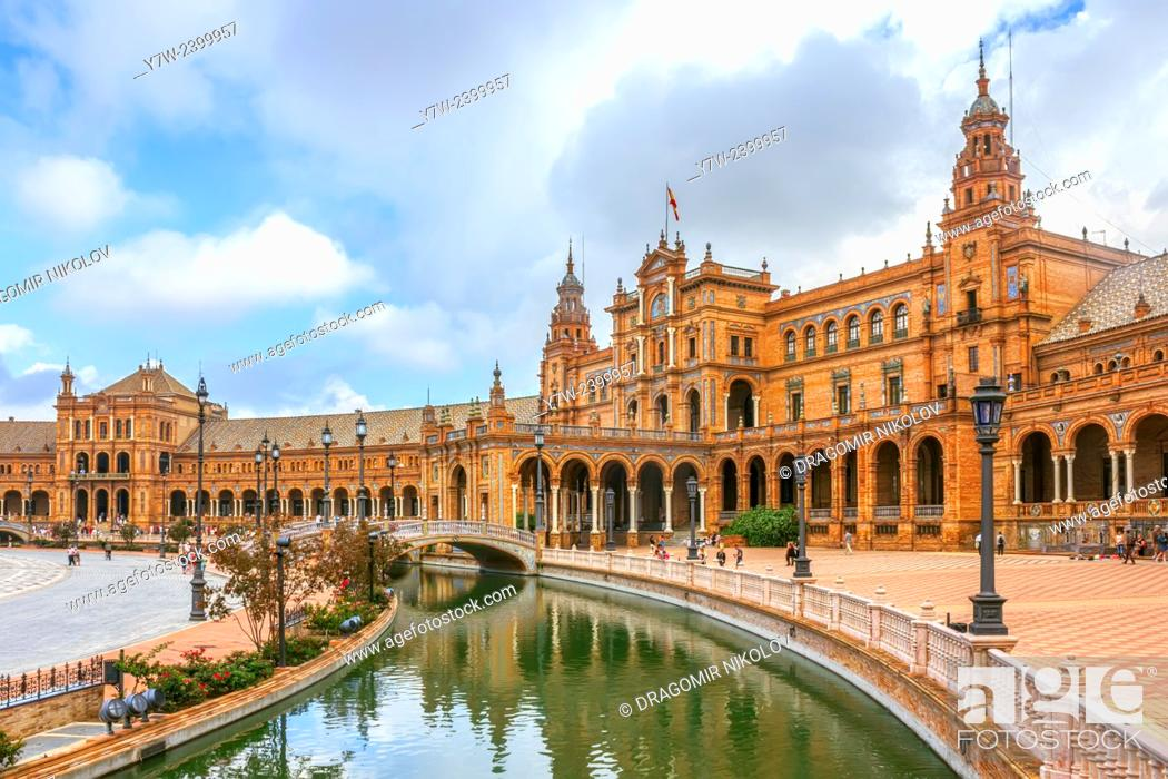Stock Photo: Plaza de España, Seville, Spain.