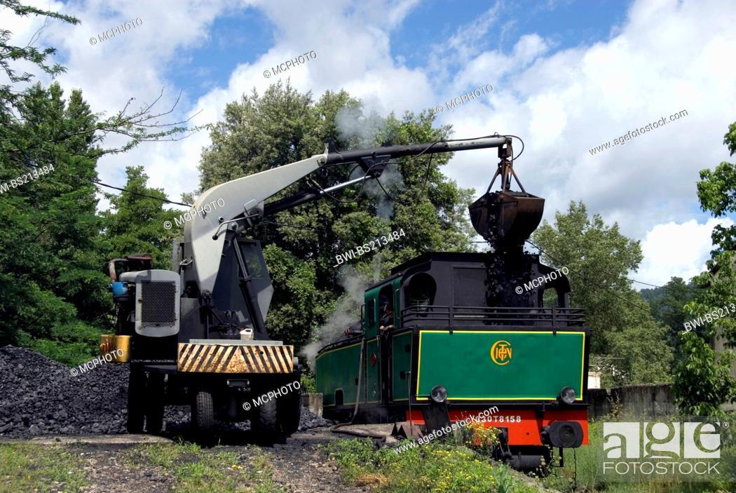 Stock Photo: Train a vapeur des Cevennes getting coal, France, Languedoc-Roussillon, CÚvennes, St-Jean-du-Gard.