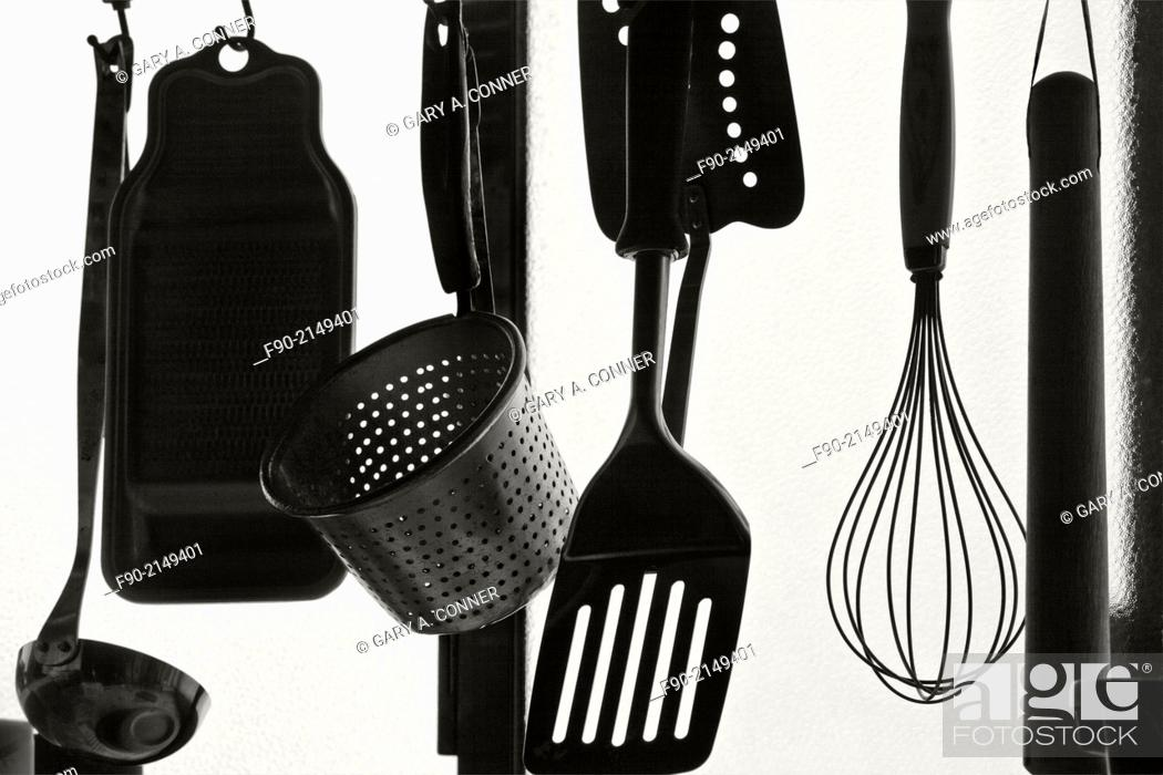 Imagen: Silhouette of cooking tools in home, Tosu, Saga, Japan.