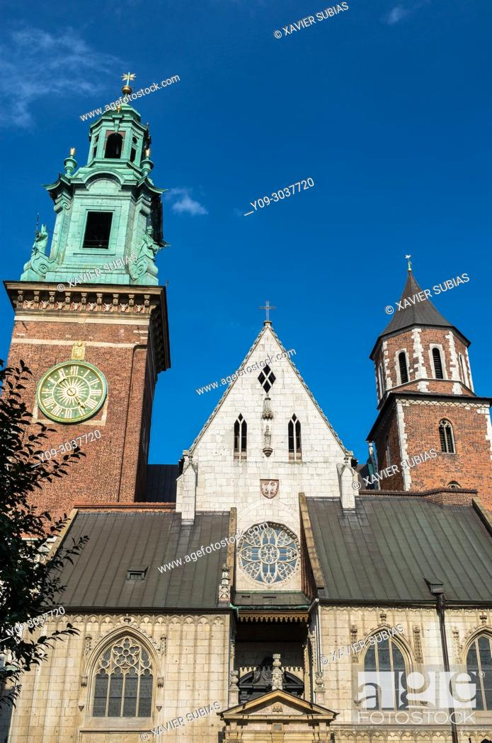 Stock Photo: Cathedral Basilica of St. Stanislaus and St. Wenceslaus, Krakow, Poland.