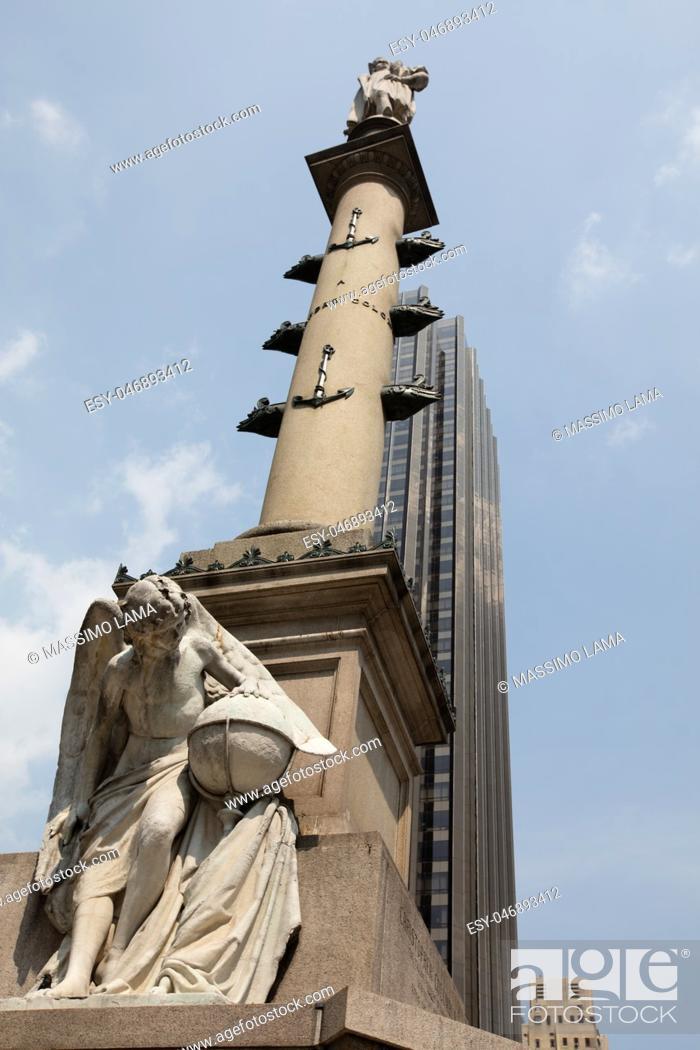 Imagen: Statue of Cristopher Columbus in New York city, USA.