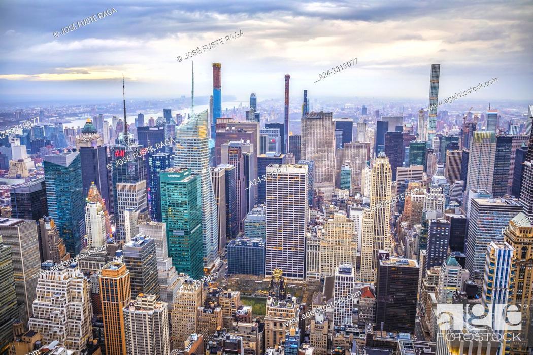 Imagen: USA, New York City, Manhattan, Midtown Mahattan Skyline.