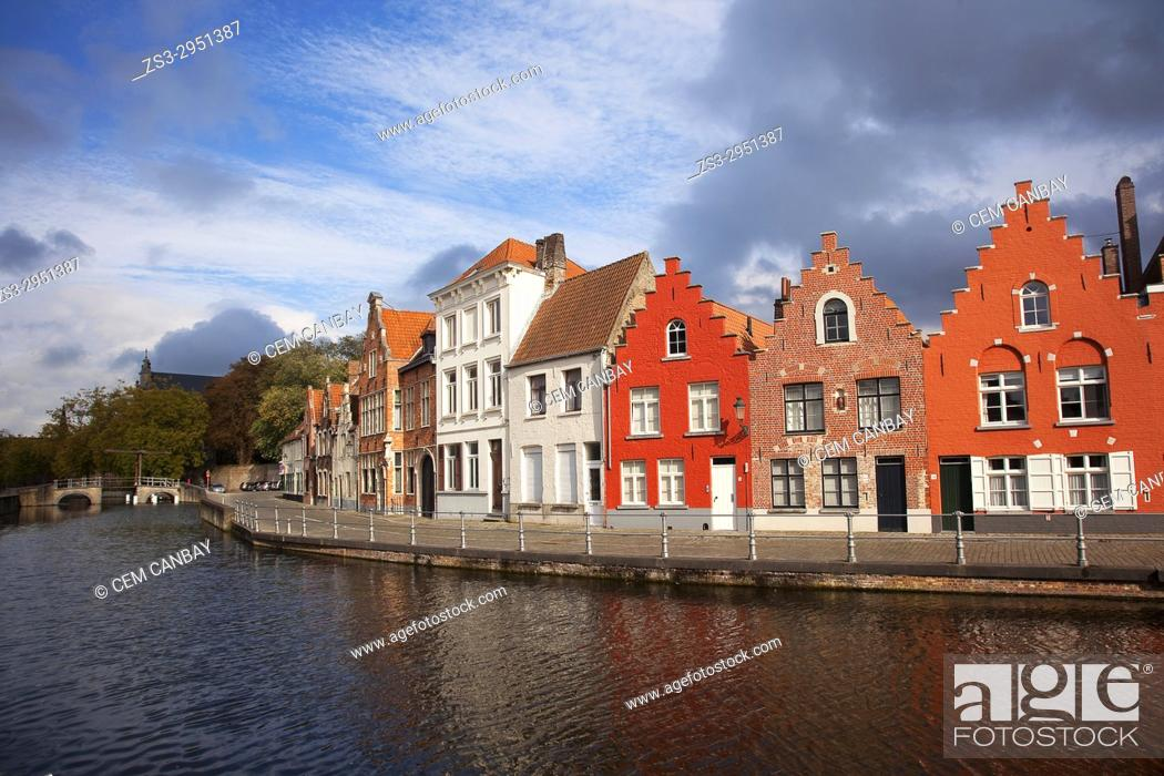 Stock Photo: Traditional houses on the canal in the city center, Bruges, West Flanders, Belgium, Europe.