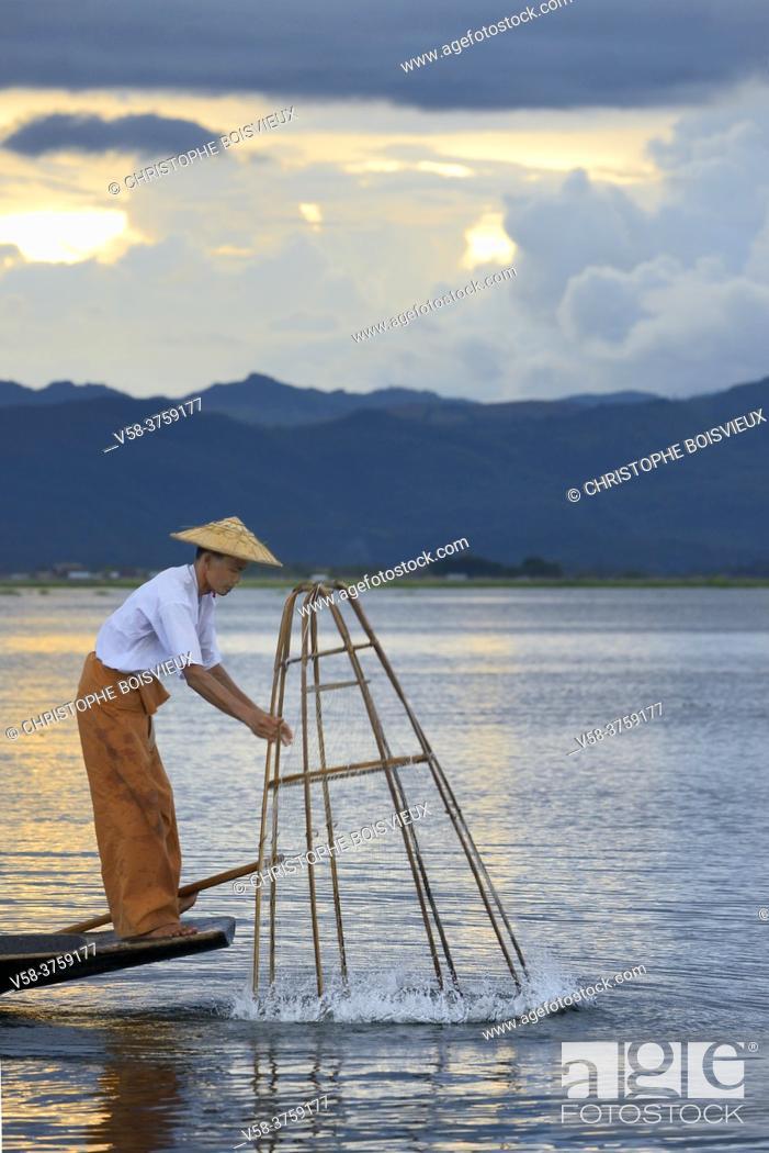 Stock Photo: Myanmar, Shan State, Inle Lake, Intha fisherman.