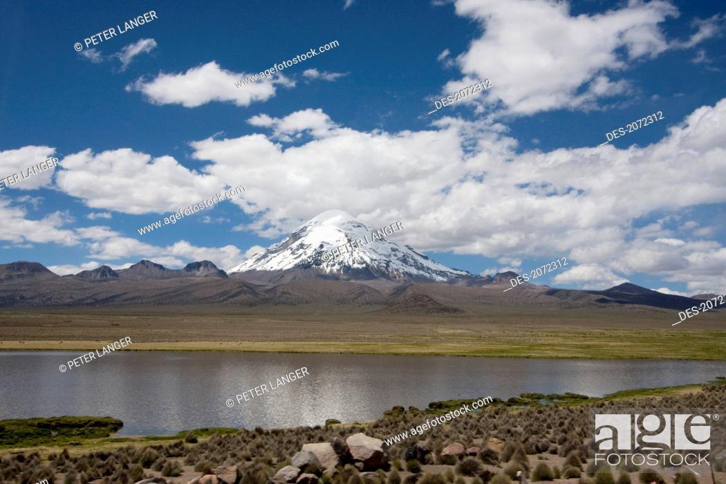 Stock Photo: Nevado Sajama, Sajama National Park, Oruro Department, Bolivia.