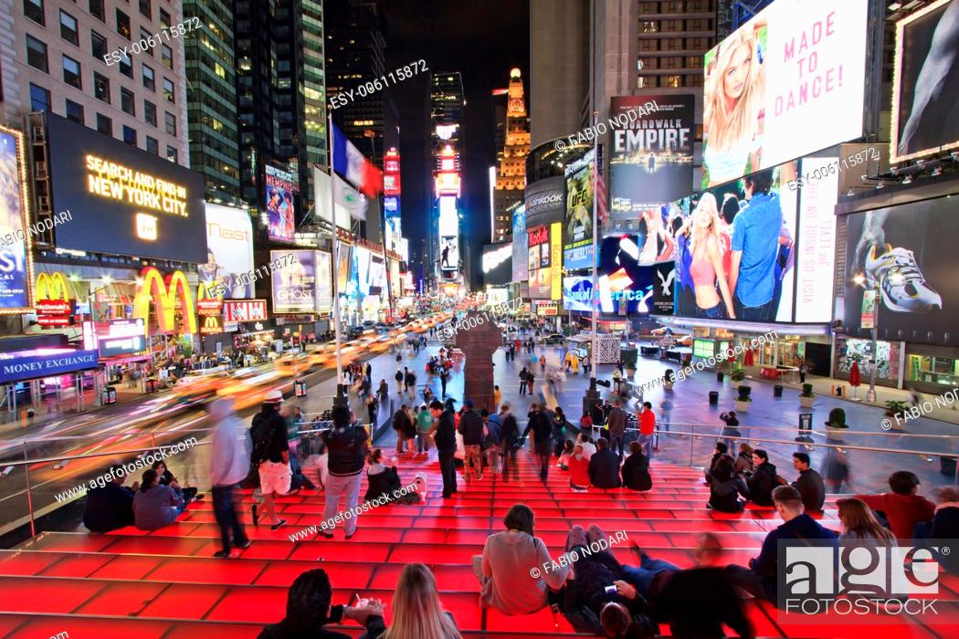 Imagen: Times Square by night.