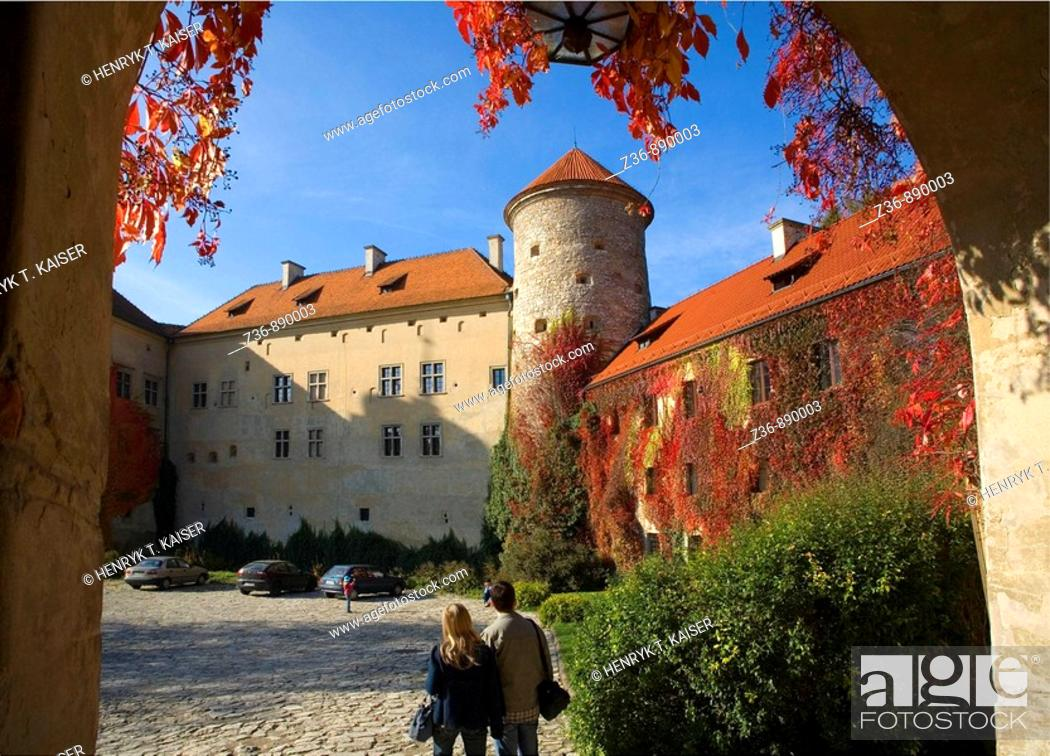 Stock Photo: Pieskowa Skala Castle in Ojcow National Park at fall, Poland.