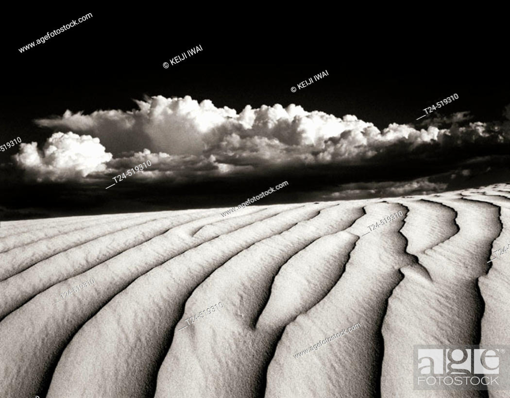 Stock Photo: Sand Dunes, Navajo Reservation, Arizona USA.