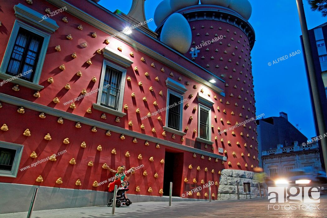 Stock Photo: Torre Galatea at sunset, Teatre Museu Dali, Figueres, Catalonia, Spain.