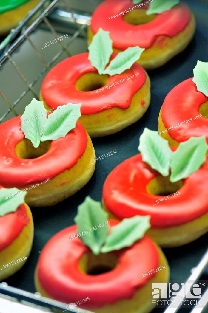 Stock Photo: Donuts in Christmas time. Barcelona. Catalonia. Spain.