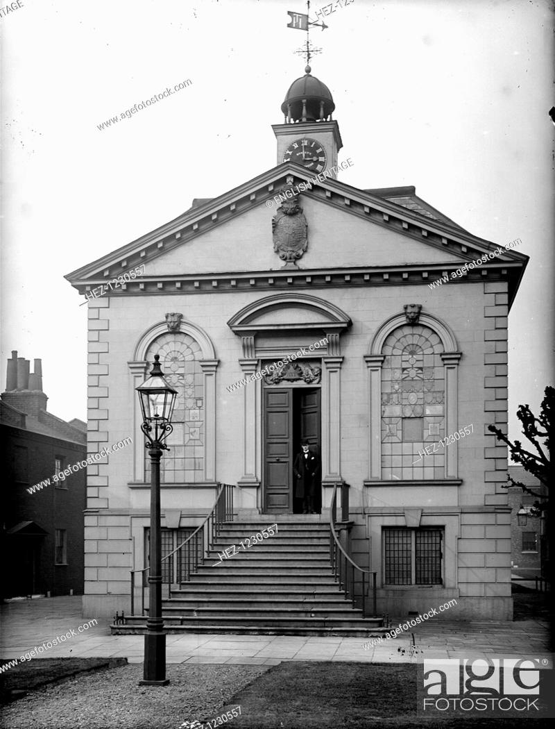 Stock Photo: The chapel, Trinity Hospital, Mile End Road, Tower Hamlets, London. The chapel of Trinity Hospital, a development of almshouses in Mile End Road, London.
