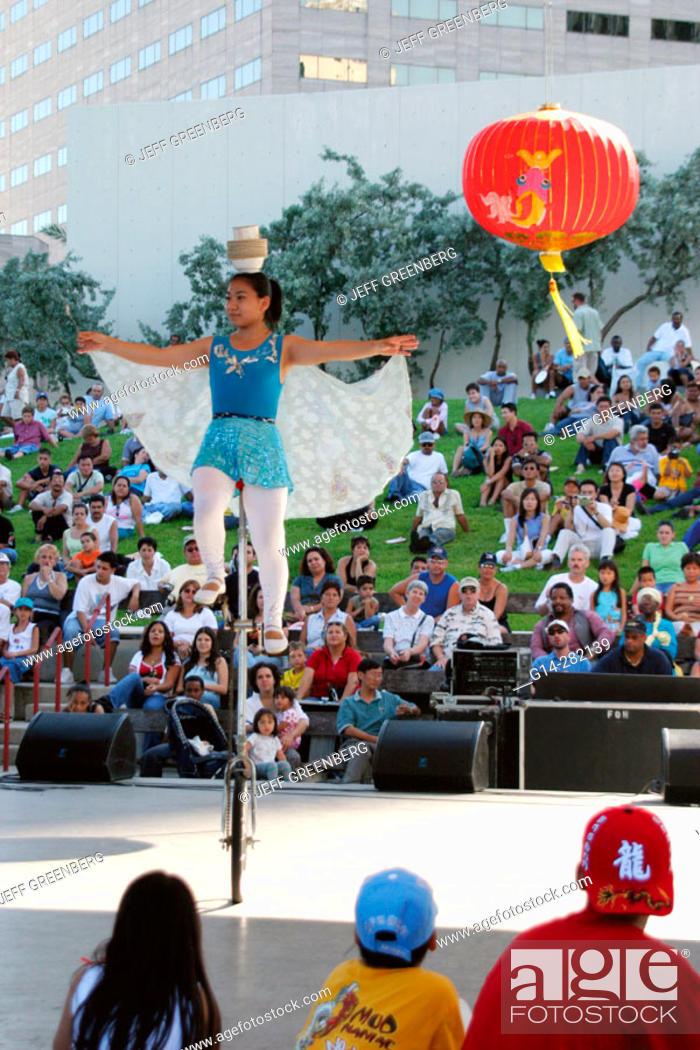 Stock Photo: Hong Kong Dragon Boat Festival. Biscayne Bay. Bayfront Park. Miami. Florida. USA.