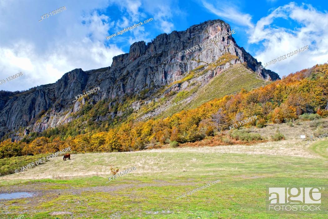 Stock Photo: Pico Camborisco. Picos de Europa National Park. Leon Province. Castilla y Leon. Spain.
