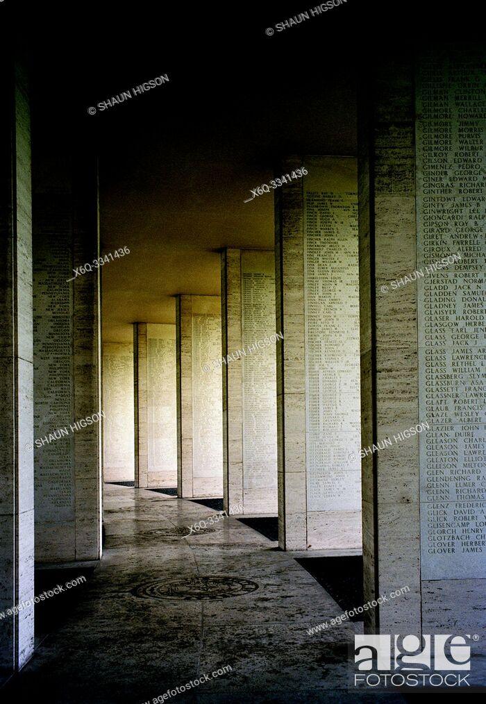 Imagen: Manila American War Cemetery and Memorial in Bonifacio Global City in Manila in Luzon Metro Manila in the Philippines in Southeast Asia Far East.